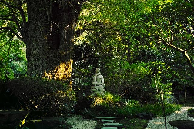 鎌倉を旅行する時に読む小説